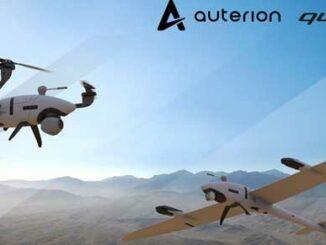 Scorpion es el tricóptero, y vector es el dron de ala fija. (Imagen cortesía de Auterion government solutions)