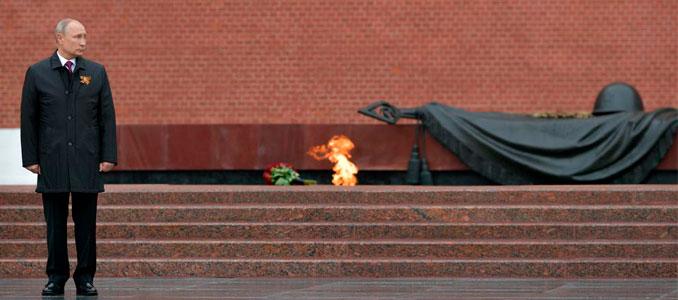 PutinTumba del Soldado Desconocido