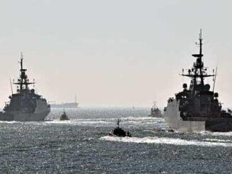 HMS SPEY y el HMS TAMAR